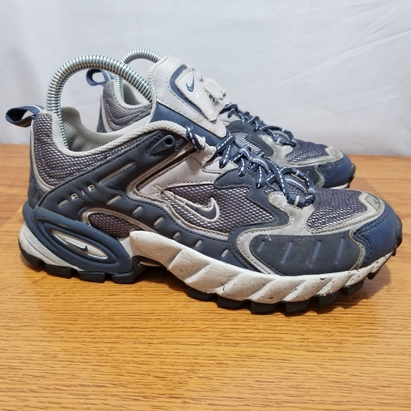 f2c4cd82cc2 Nike Air ACG Hiking Shoes. M 5b82a599aa571916ceb8d4f0